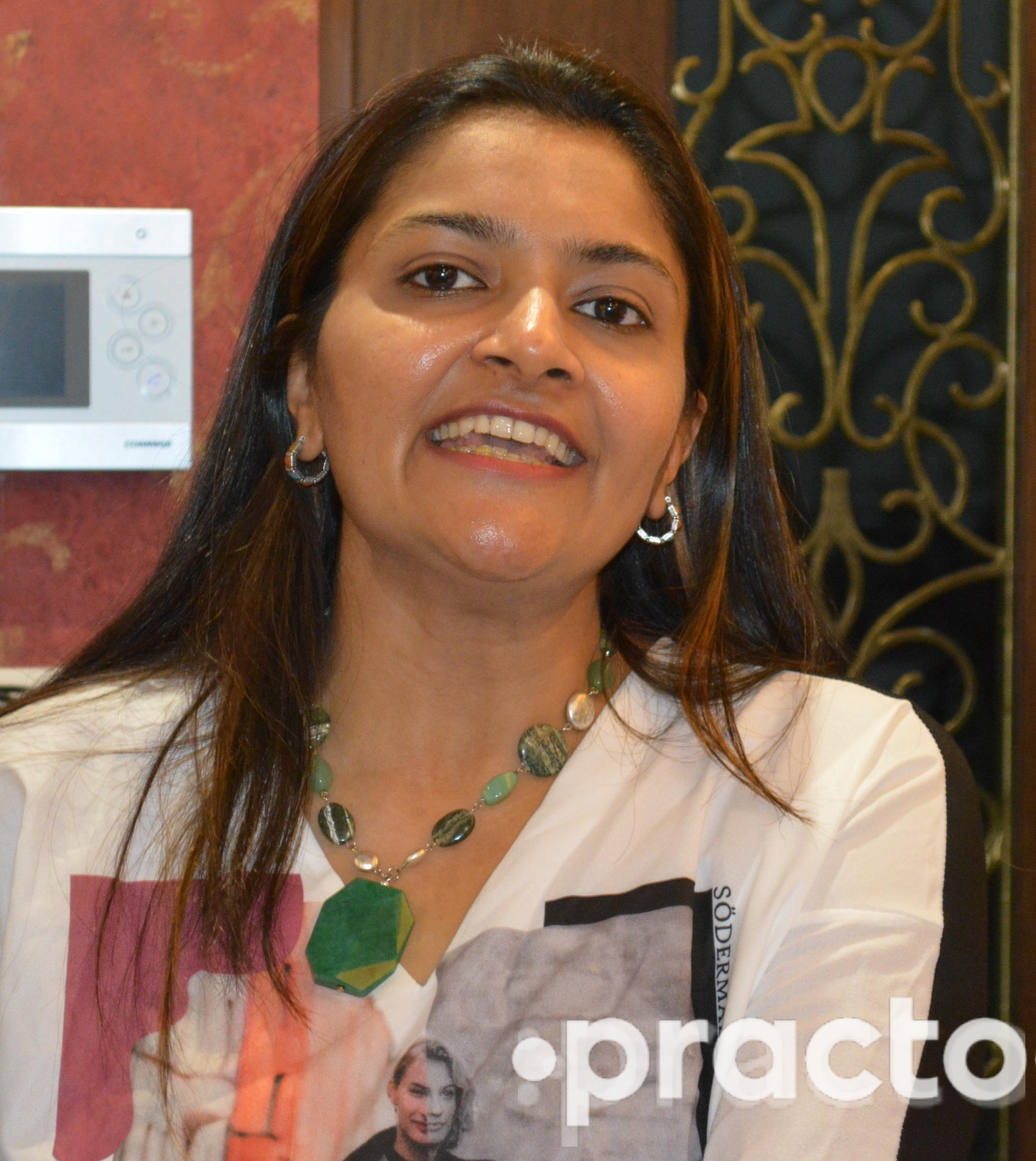 Dr. Binita Mavani - Dentist