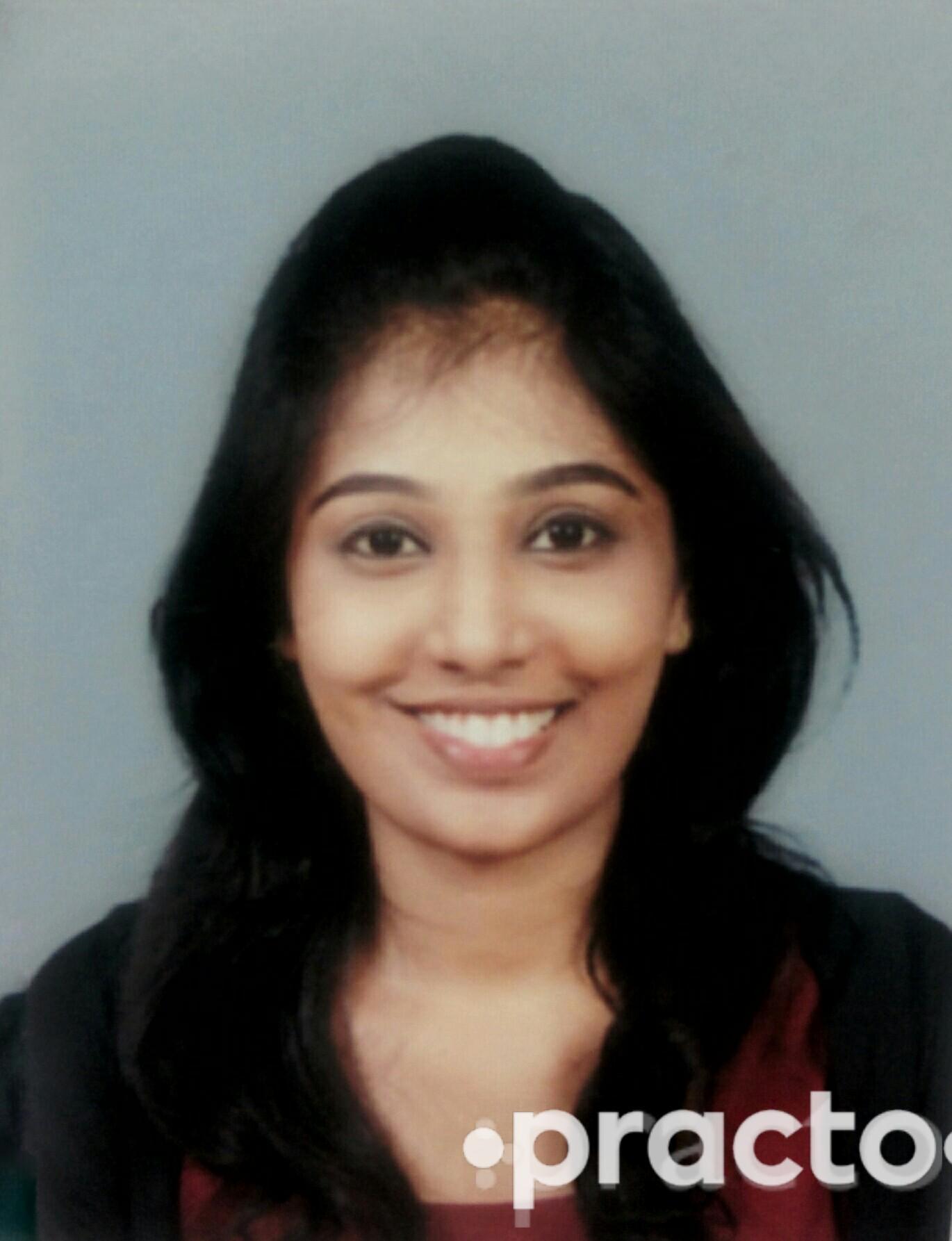 Dr. Nadin Sahana - Dentist