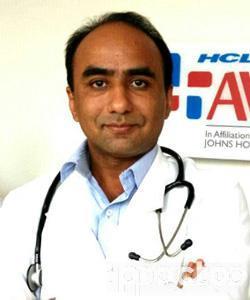 Dr. Navneet Singh - General Physician