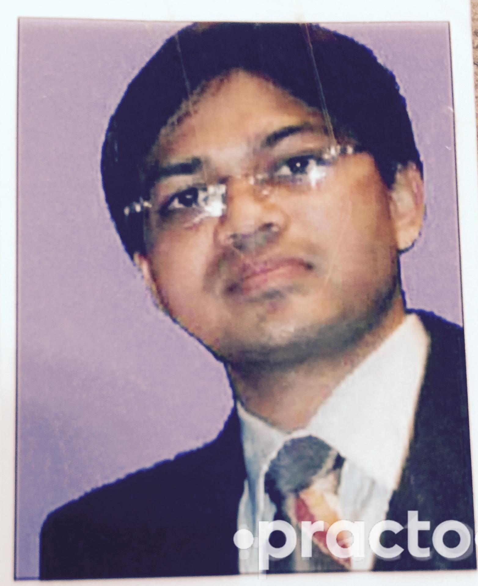 Dr. Ravi Shankerji Kesari - Internal Medicine