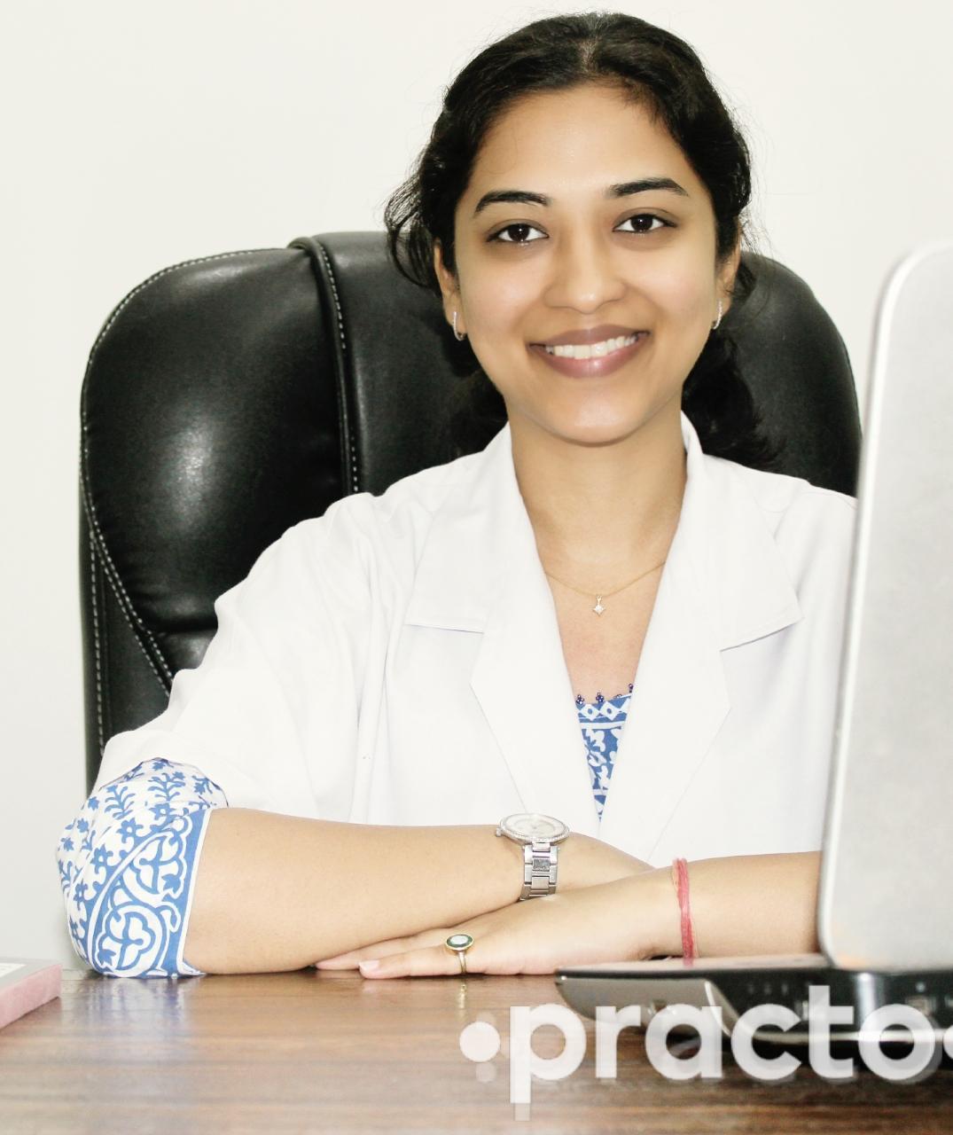 Dr. Akansha Garg - Dentist