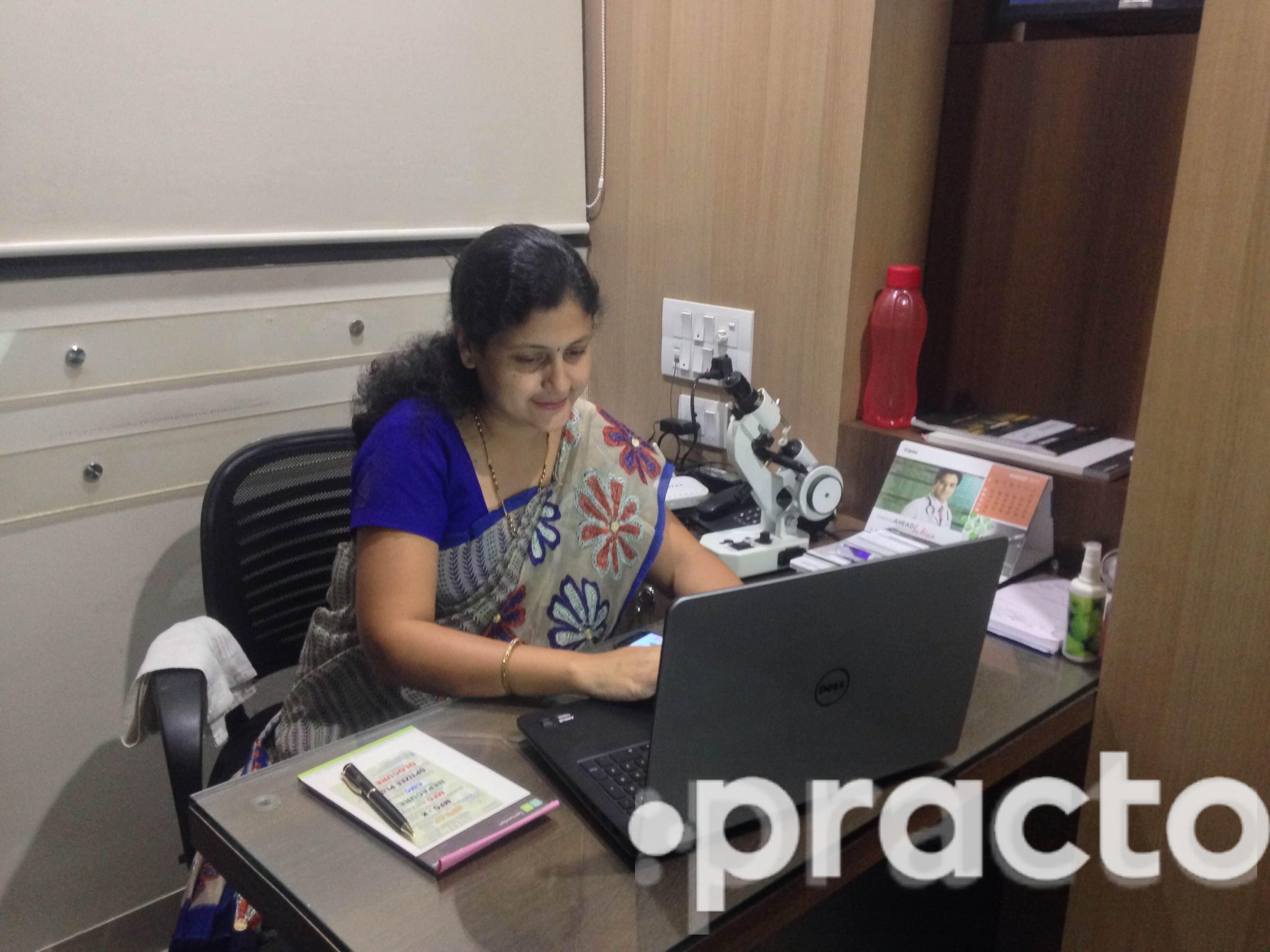 Dr. Aboli Baijal - Ophthalmologist