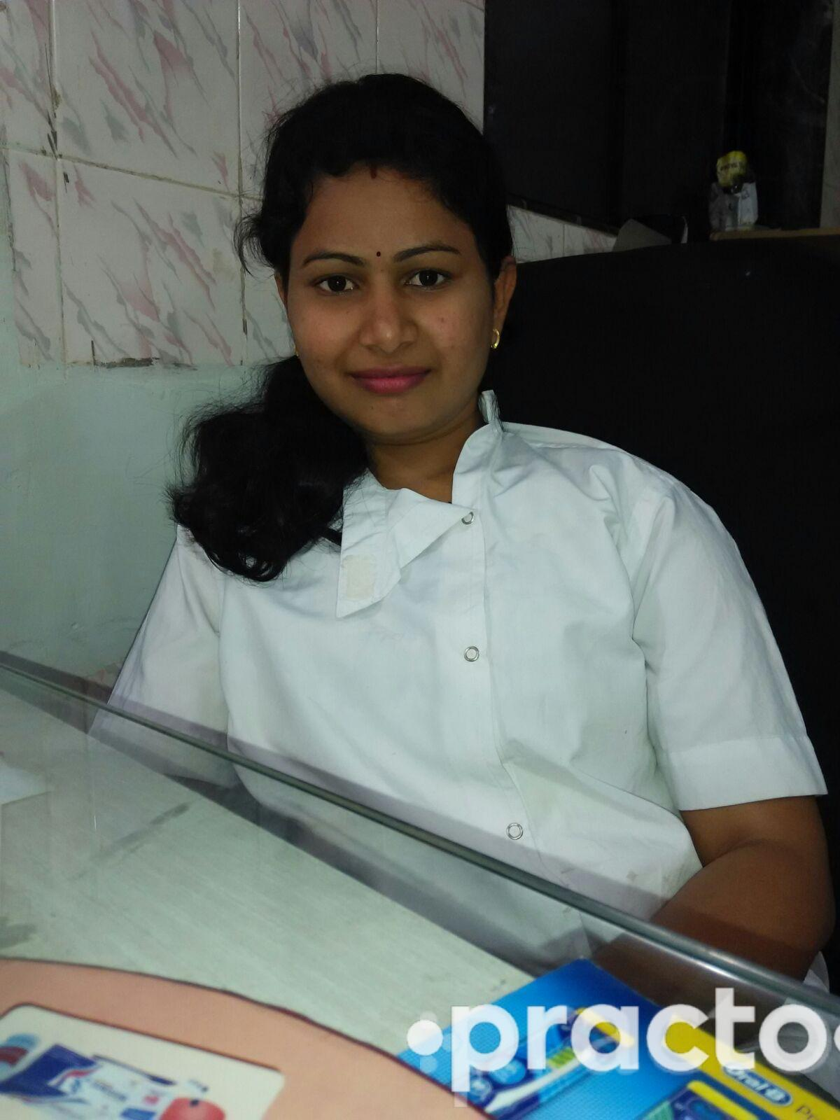 Dr. Sarla Jadhav - Dentist