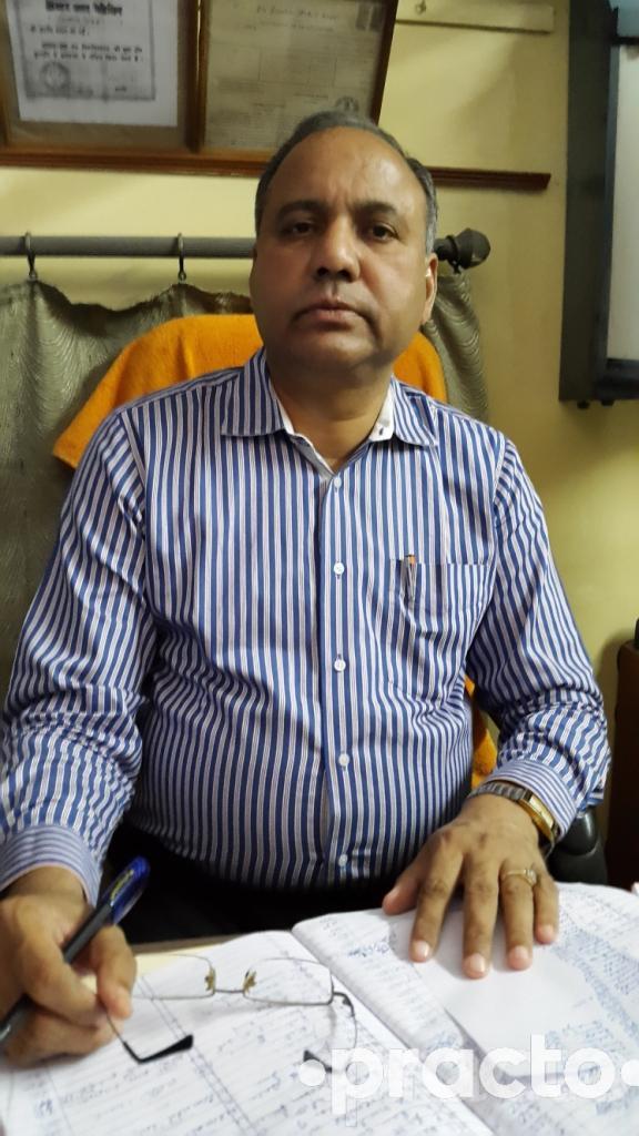 Dr. Madan Lal Gupta - General Physician