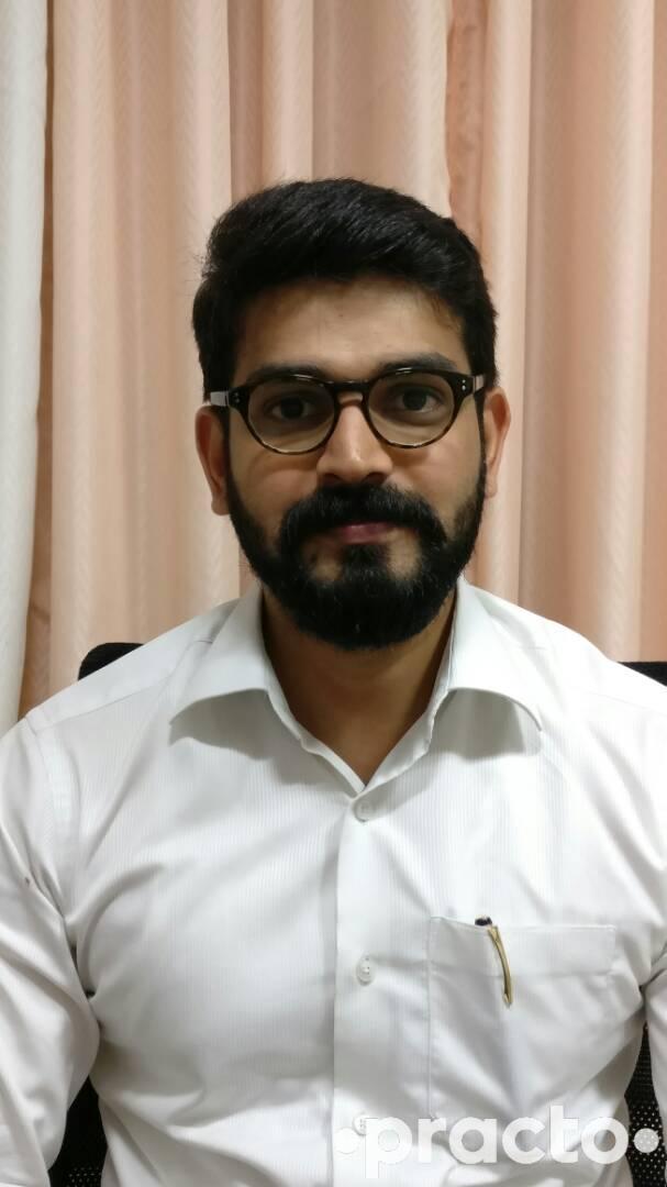 Dr. Srishailesh. D.M - Pediatrician