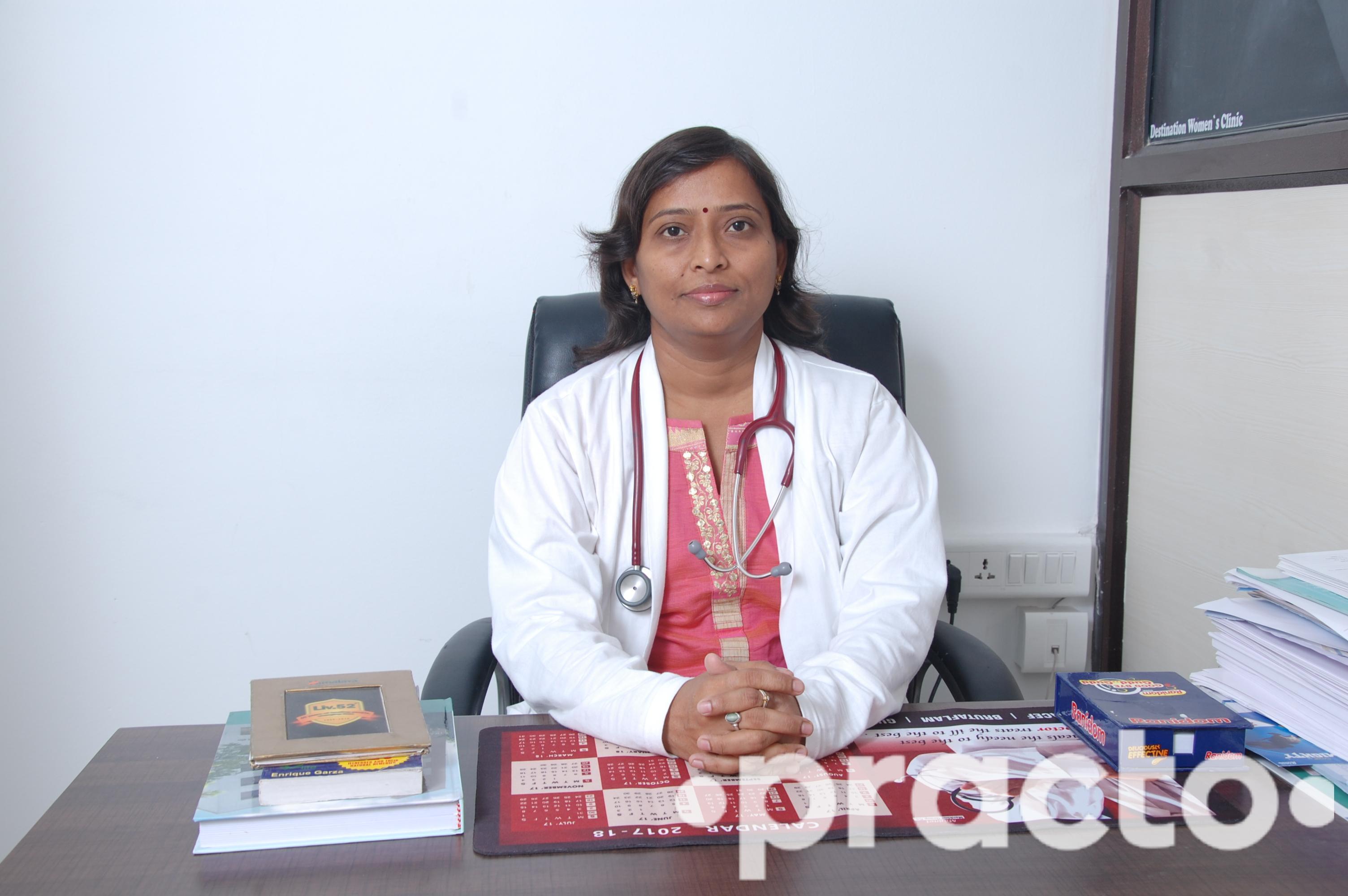 Dr. Meenakshi Yelvantge - Gynecologist/Obstetrician