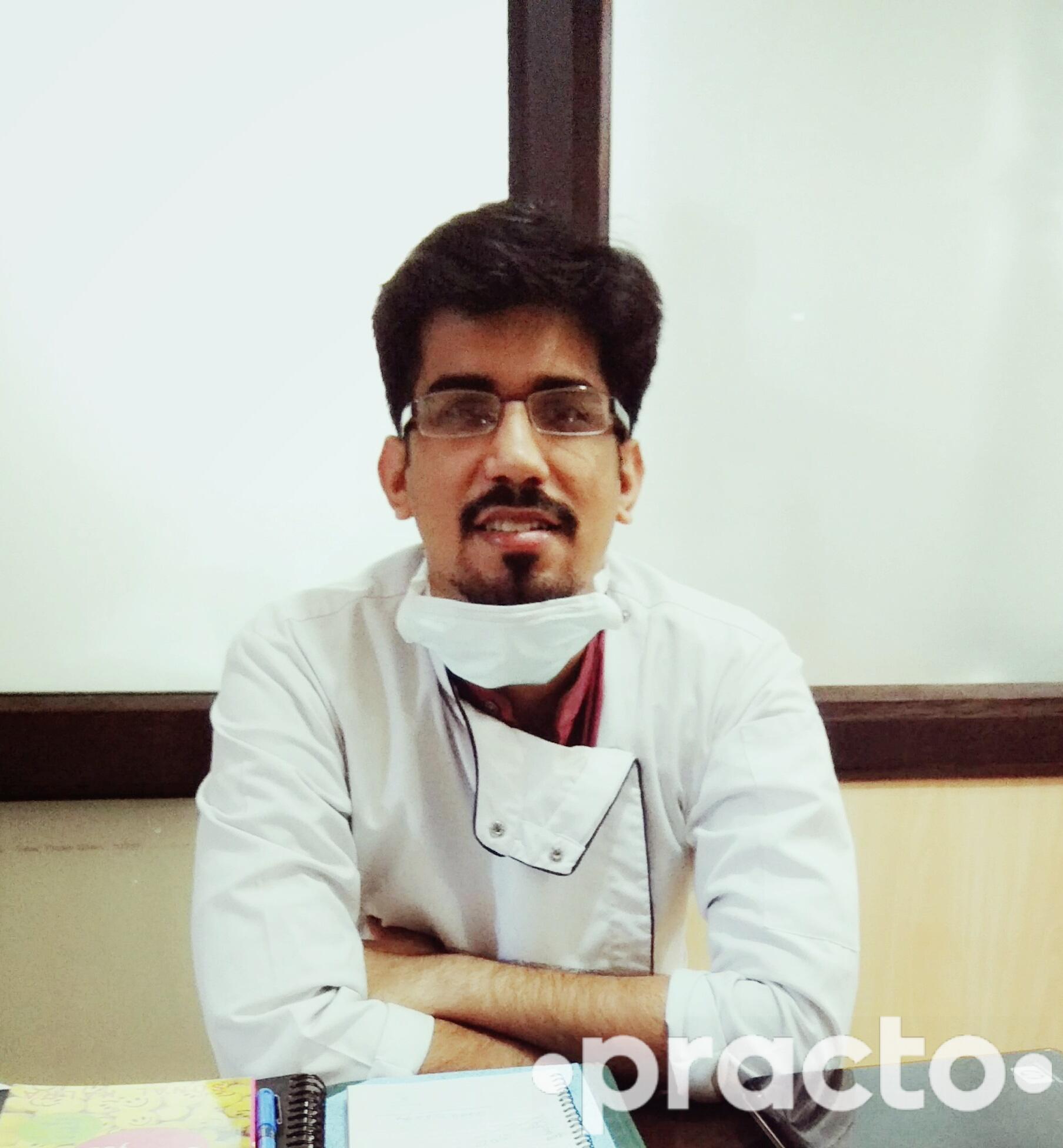 Dr. Gaurav Narang - Dentist