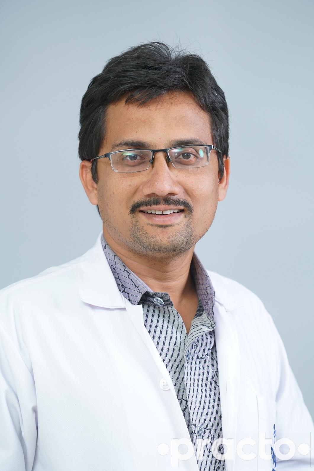 Dr  P Vijayendra Raju - Pulmonologist - Book Appointment Online