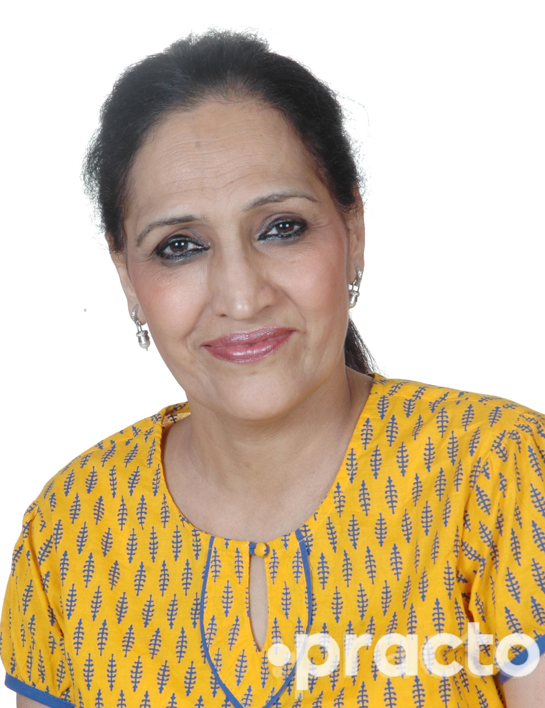 Dr. Kanwal Aggarwal - Dentist