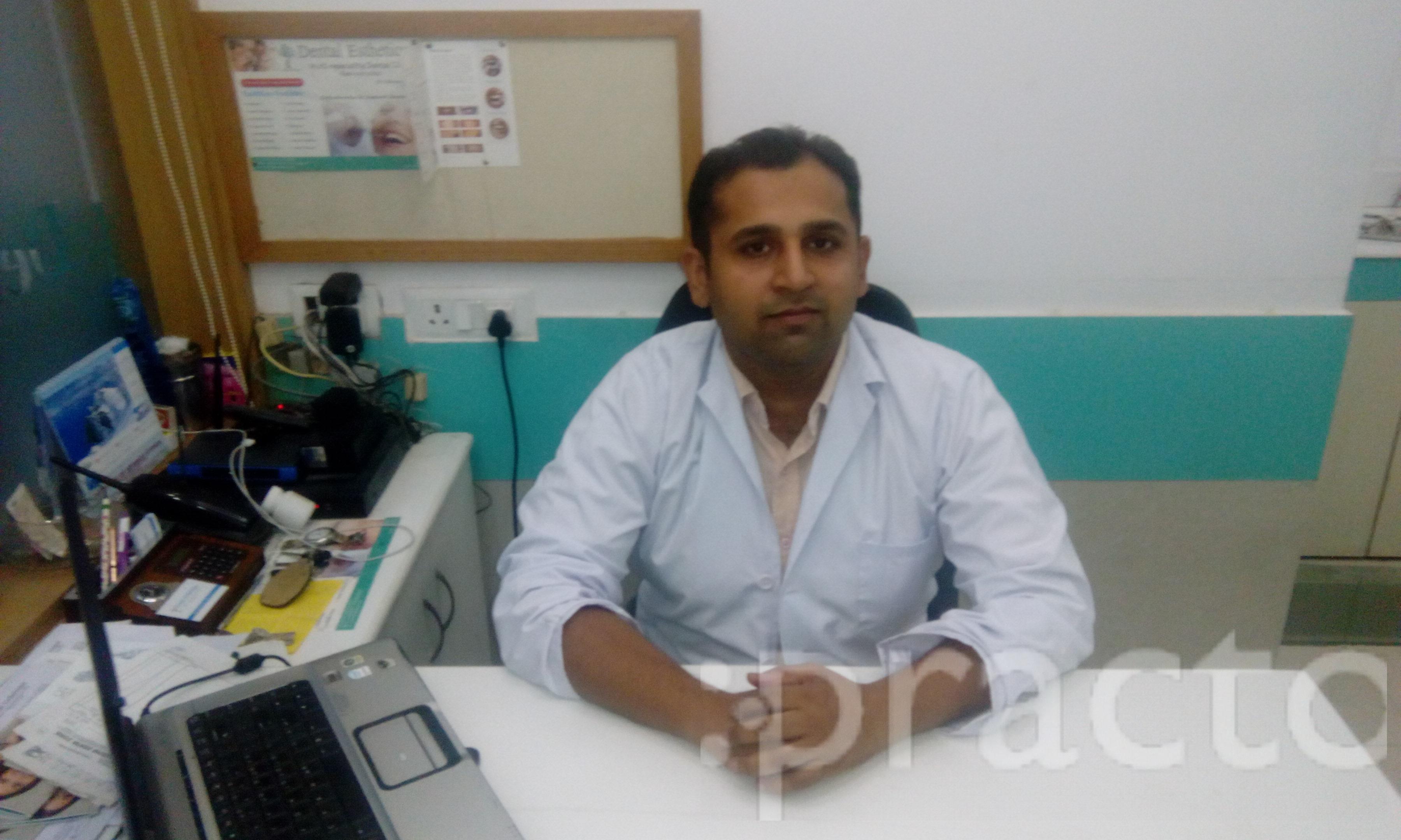 Dr. Abhinav Jain - Dentist