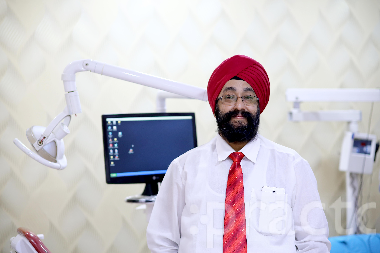 Dr. Ahuja - Dentist