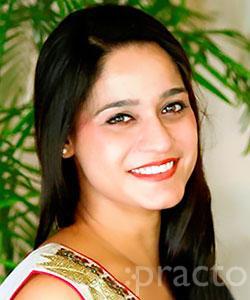 Dr. Aishna Sharma - Dentist