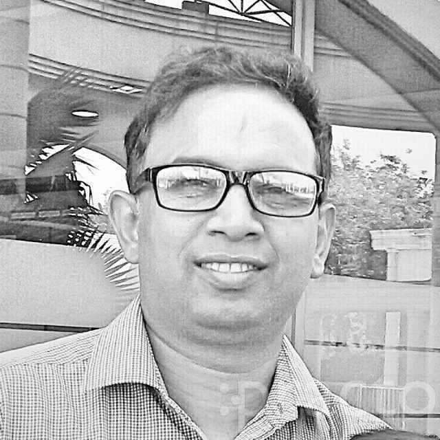 Dr. AK SINGH - Dermatologist
