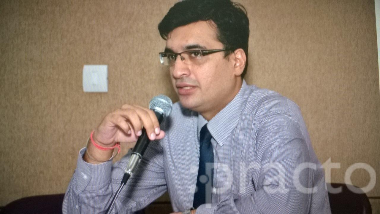 Dr. Akshay Kapoor - Pediatrician