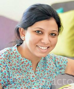Dr. Amisha Sarang - Dentist