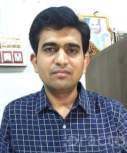 Dr. Amit Agarwal - Ophthalmologist