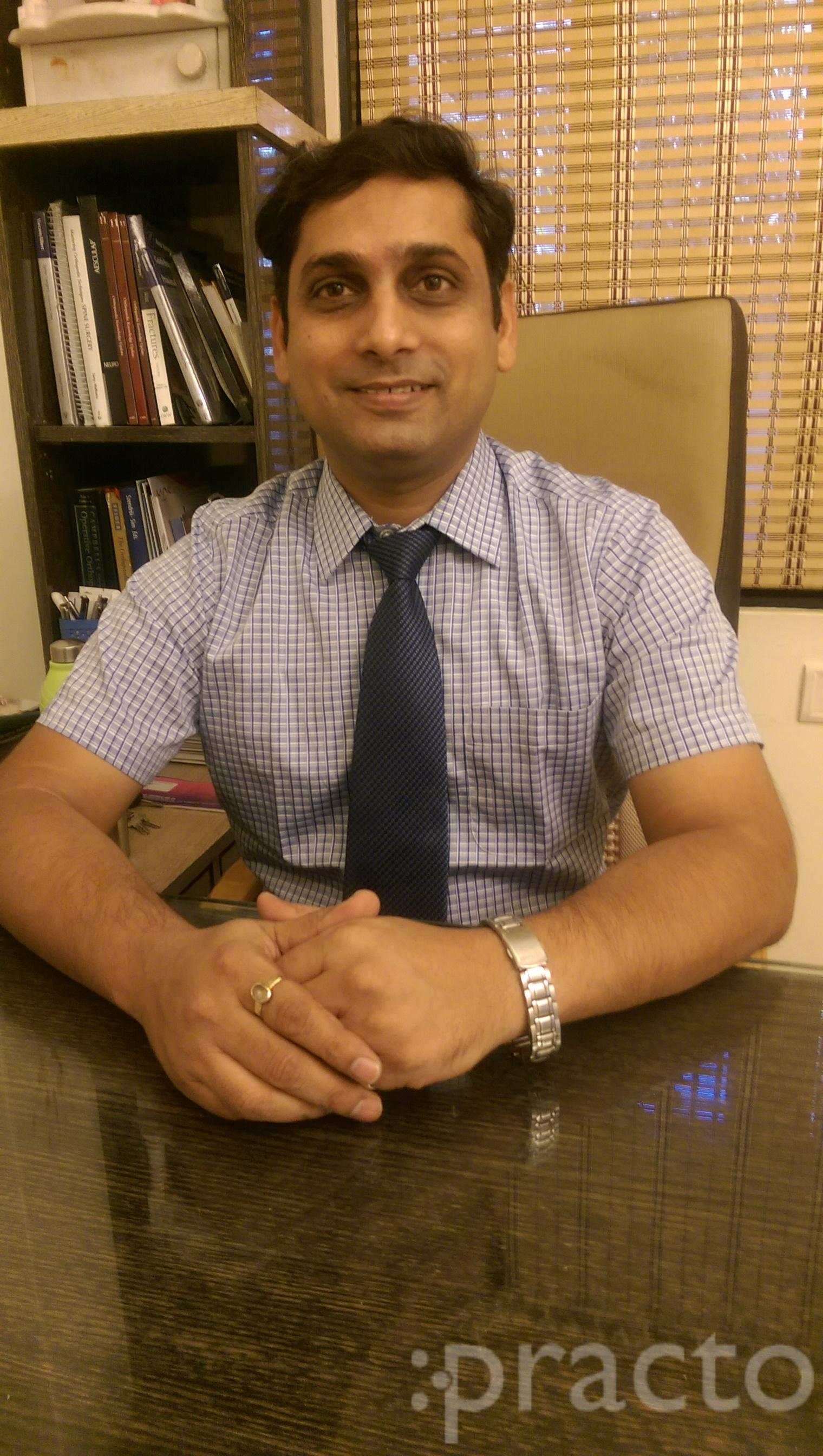 Dr. Amit jain - Orthopedist