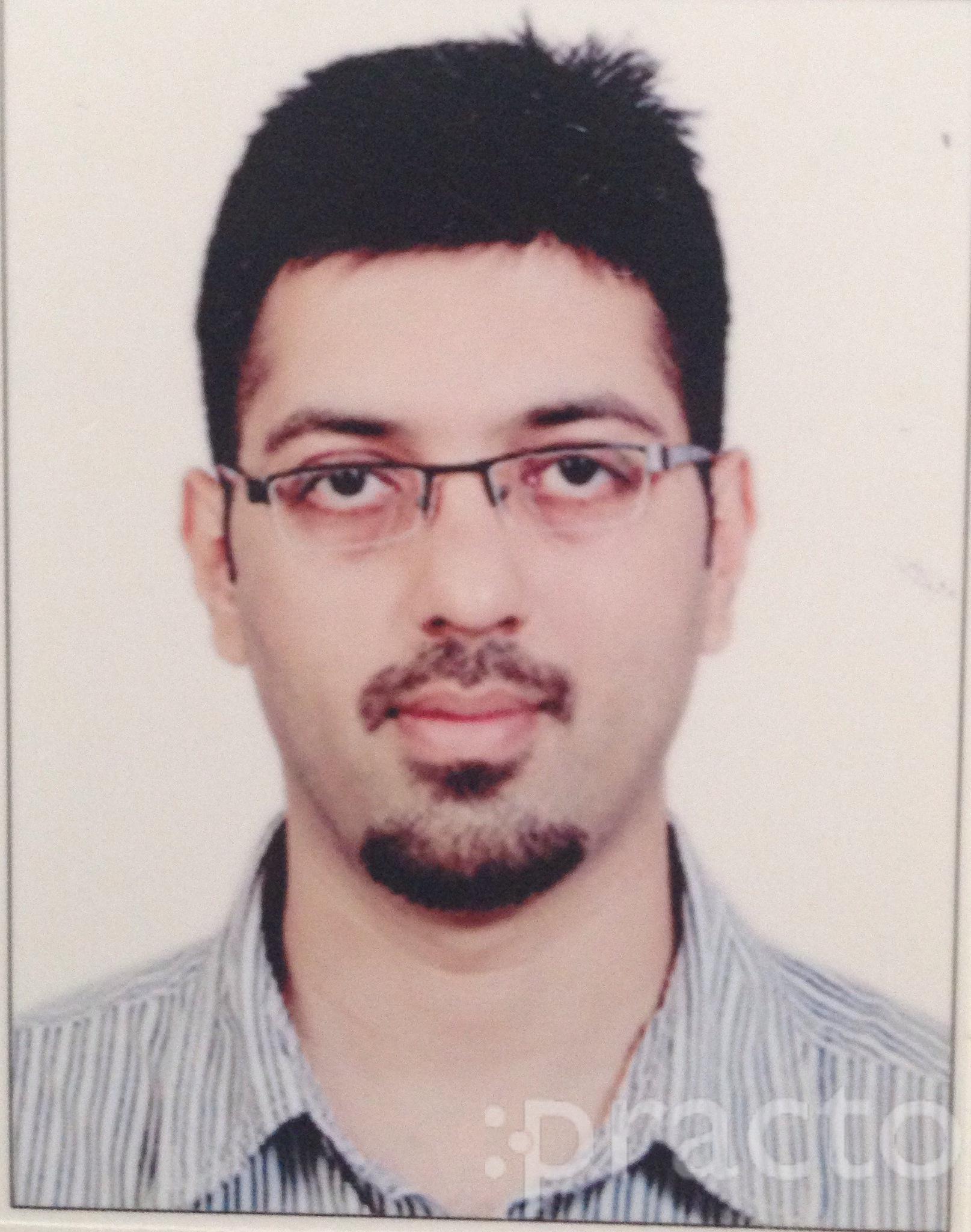 Dr. Anchal Mudgal - Dentist