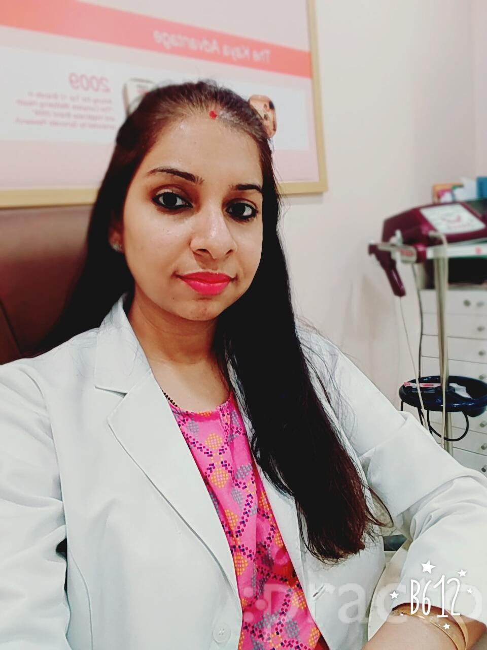 Dr. Anu Kapoor Sharma - Dermatologist