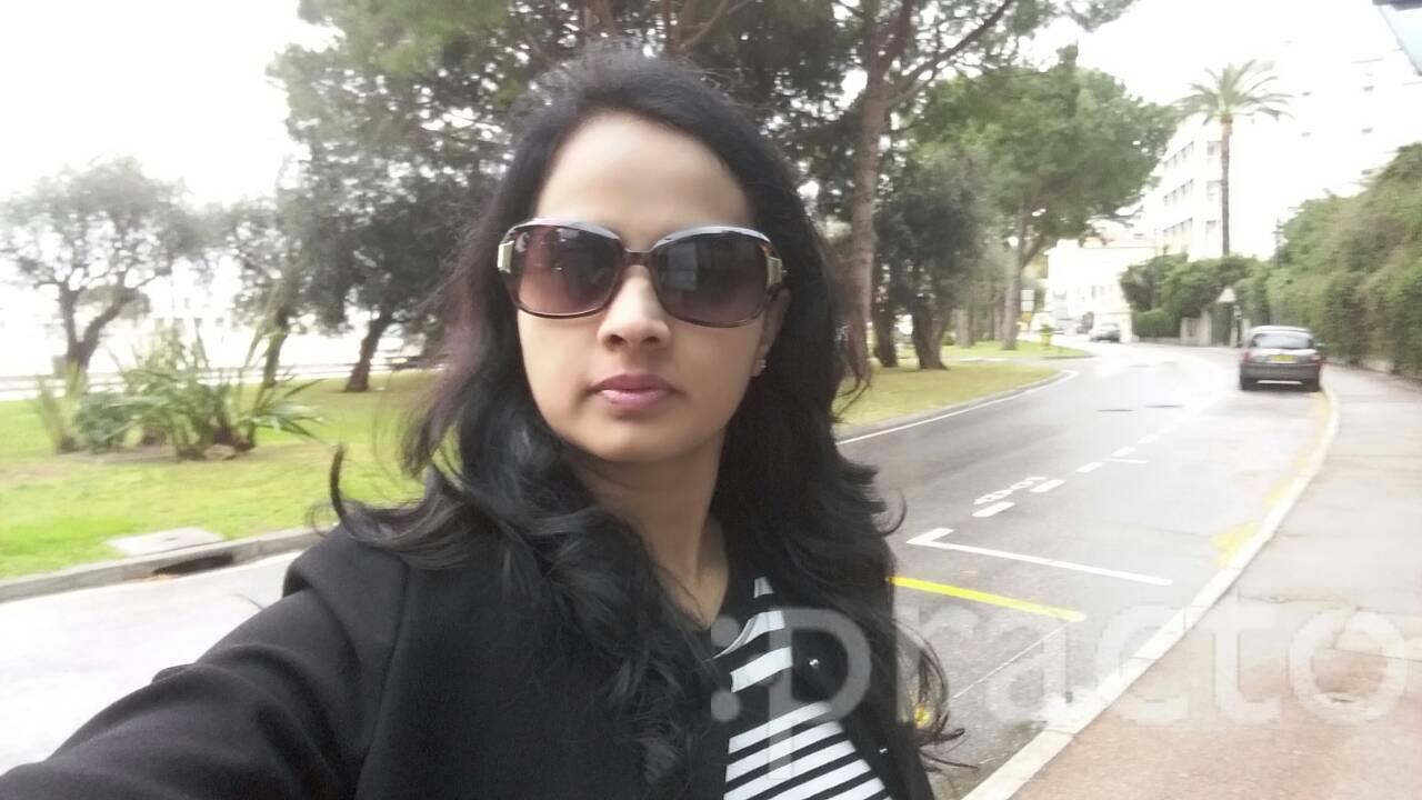 Dr. Anuradha Moogi - Dentist