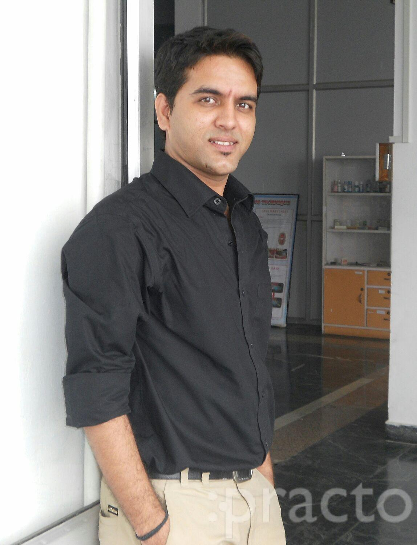 Dr. Arjun Singh Baghel - Dentist