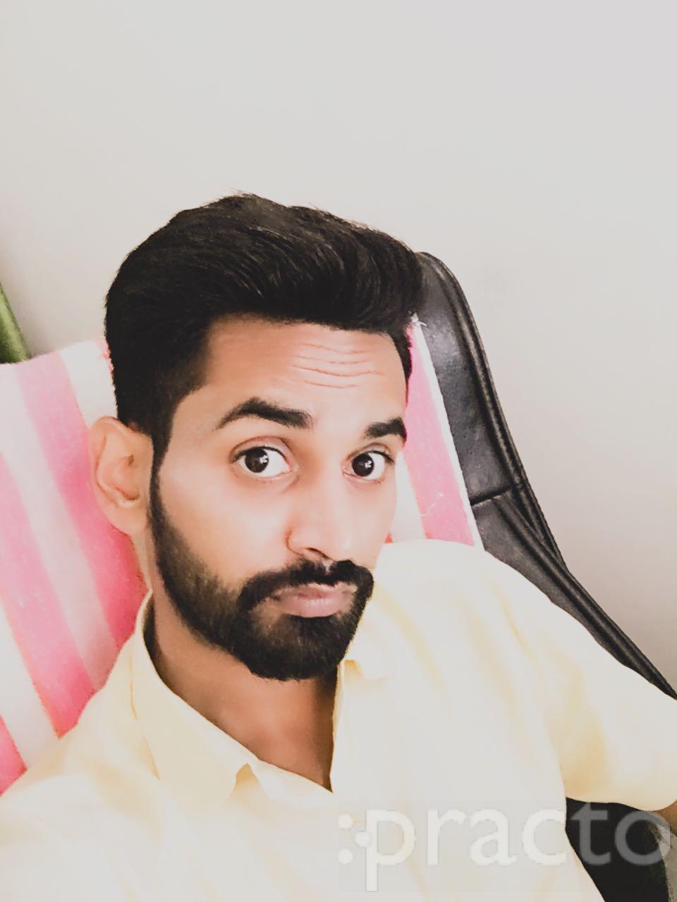 Dr. Arun Kumar Yadav - Dentist