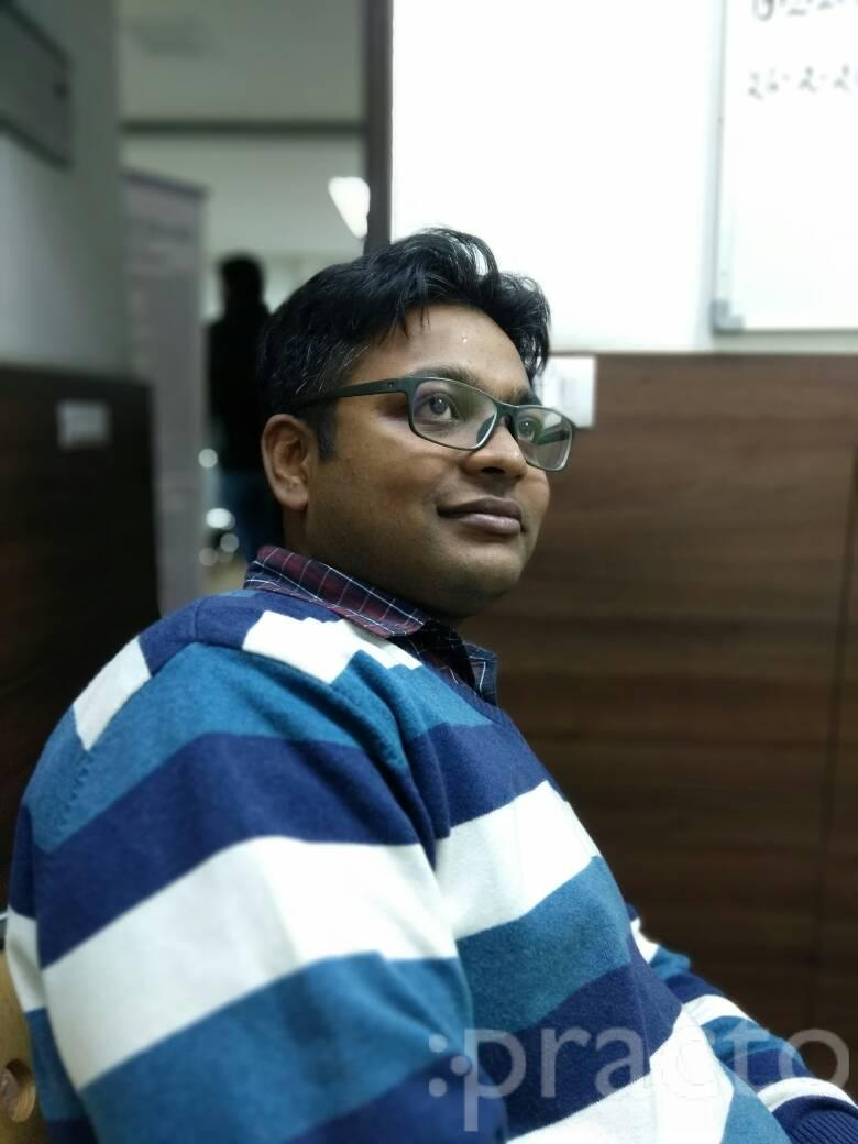 Dr. B K Varma - Ophthalmologist