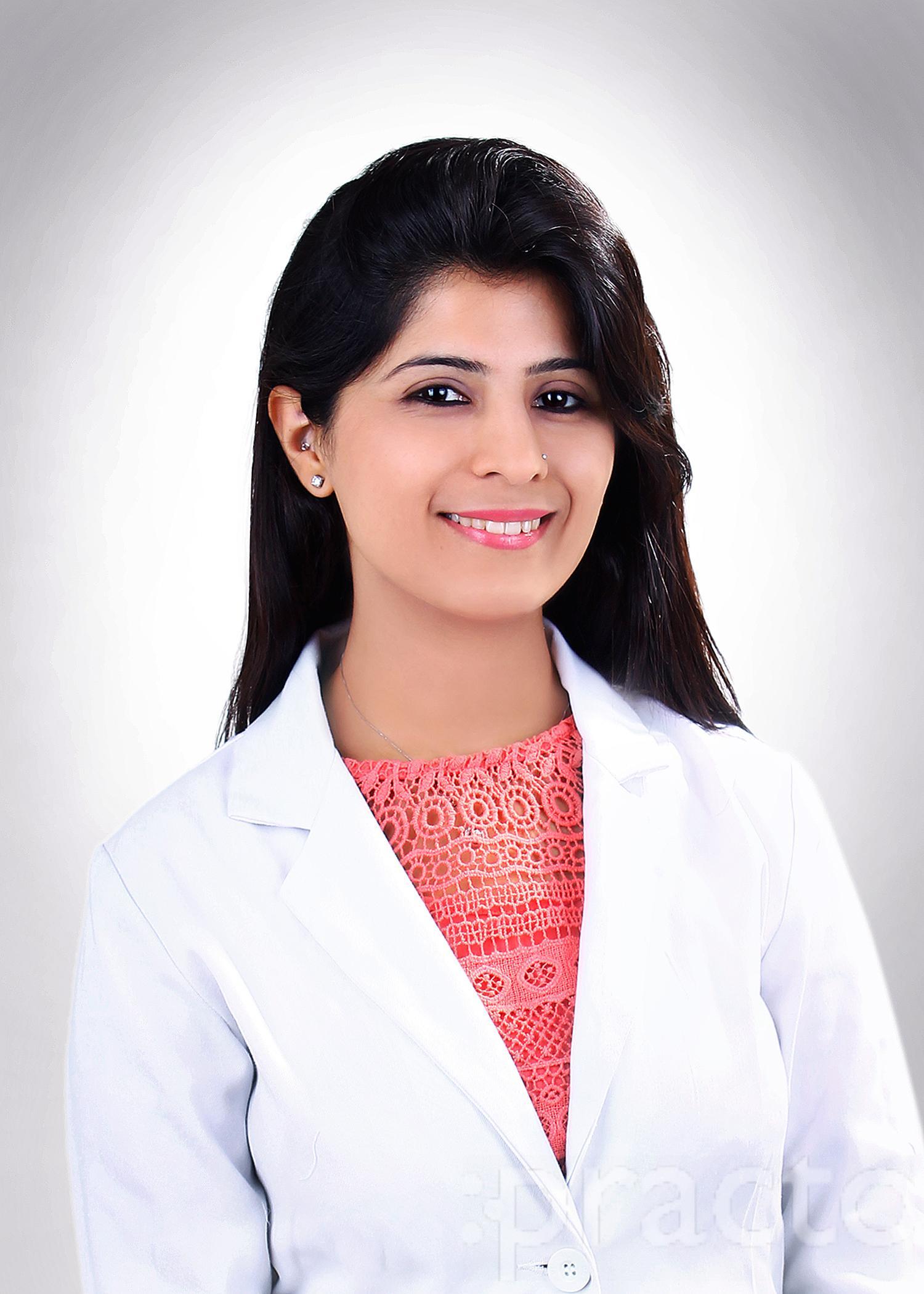 Dr. Bhumika Khanna - Dentist