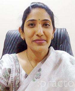 Dr. Chalasani Praveena - Dermatologist