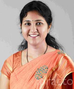 Dr. Chandana Lakkireddi - Gynecologist/Obstetrician