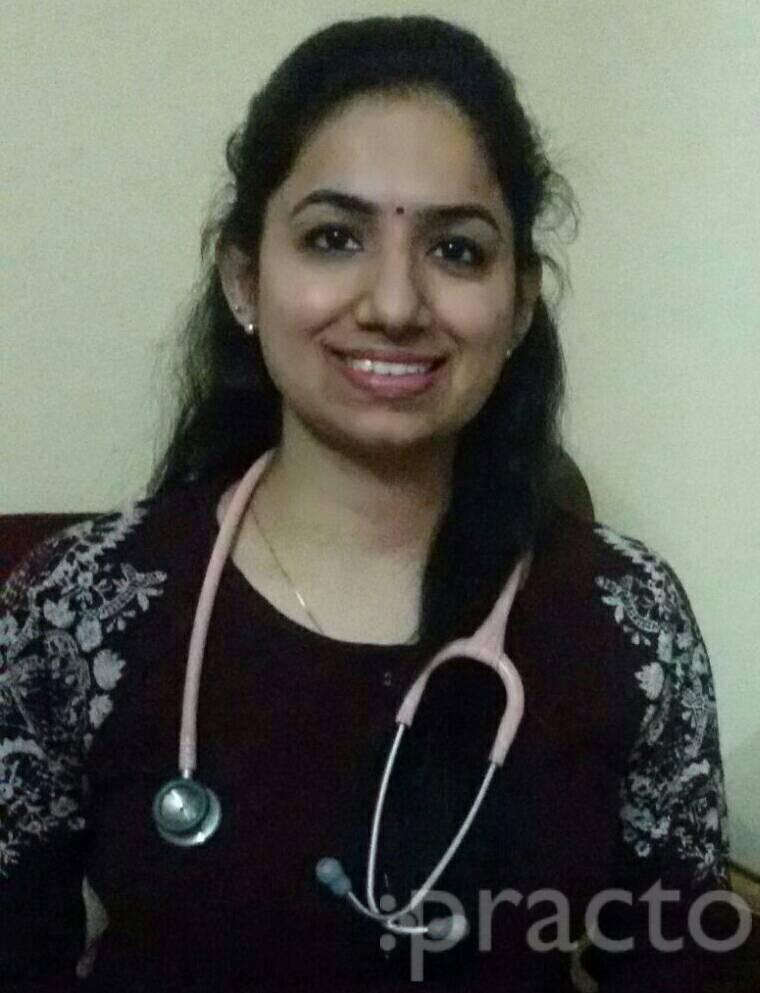 Dr. Charu Kalra - Pediatrician