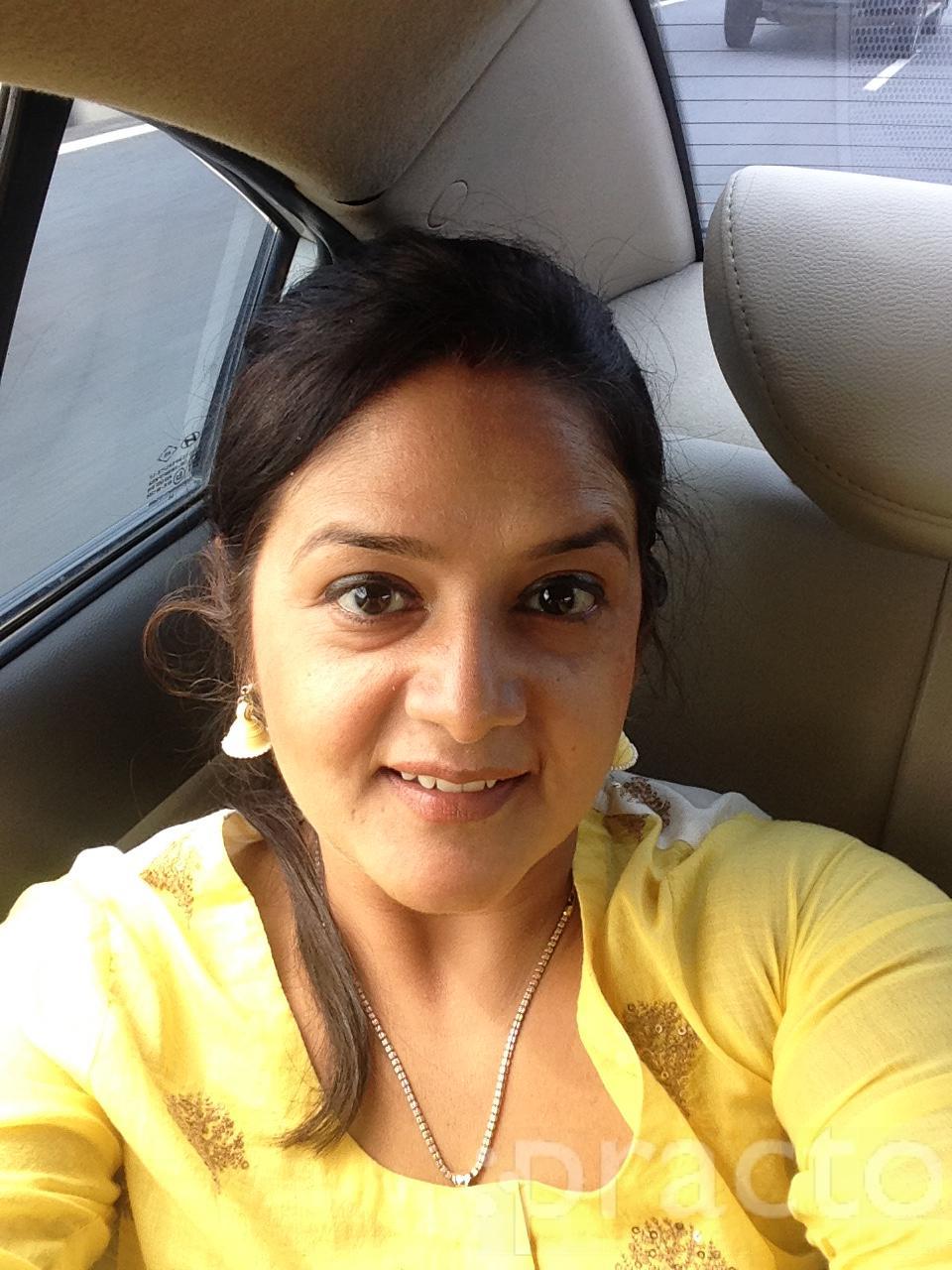 Dr. Chawla Neha - Dentist