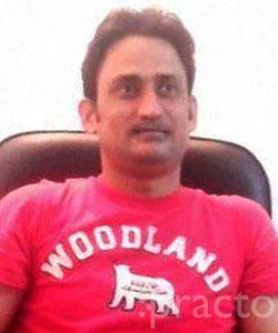 Dr. Daniyal Farooqui - Dentist