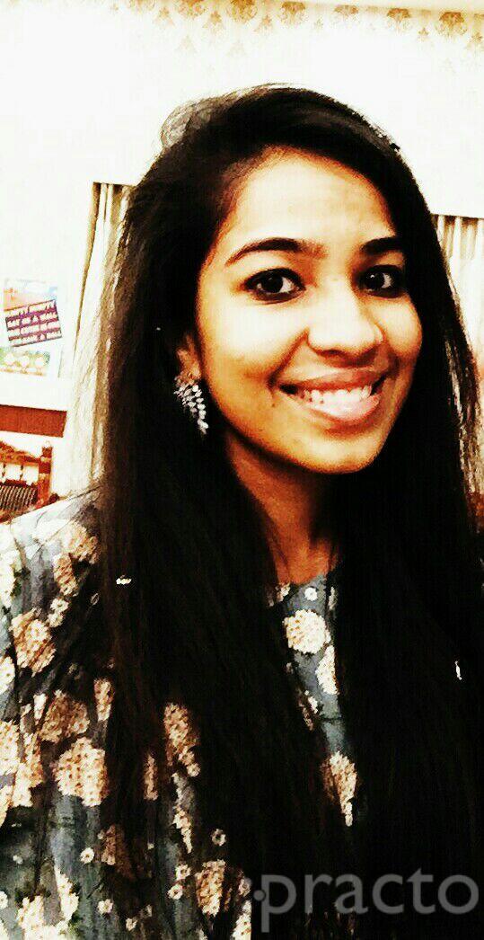 Dr. Debashree Chandak - Dentist