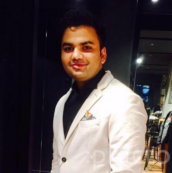 Dr. Deepak Singla - Dentist