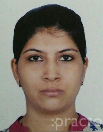 Dr. Deepali Shah(P.T.) - Physiotherapist