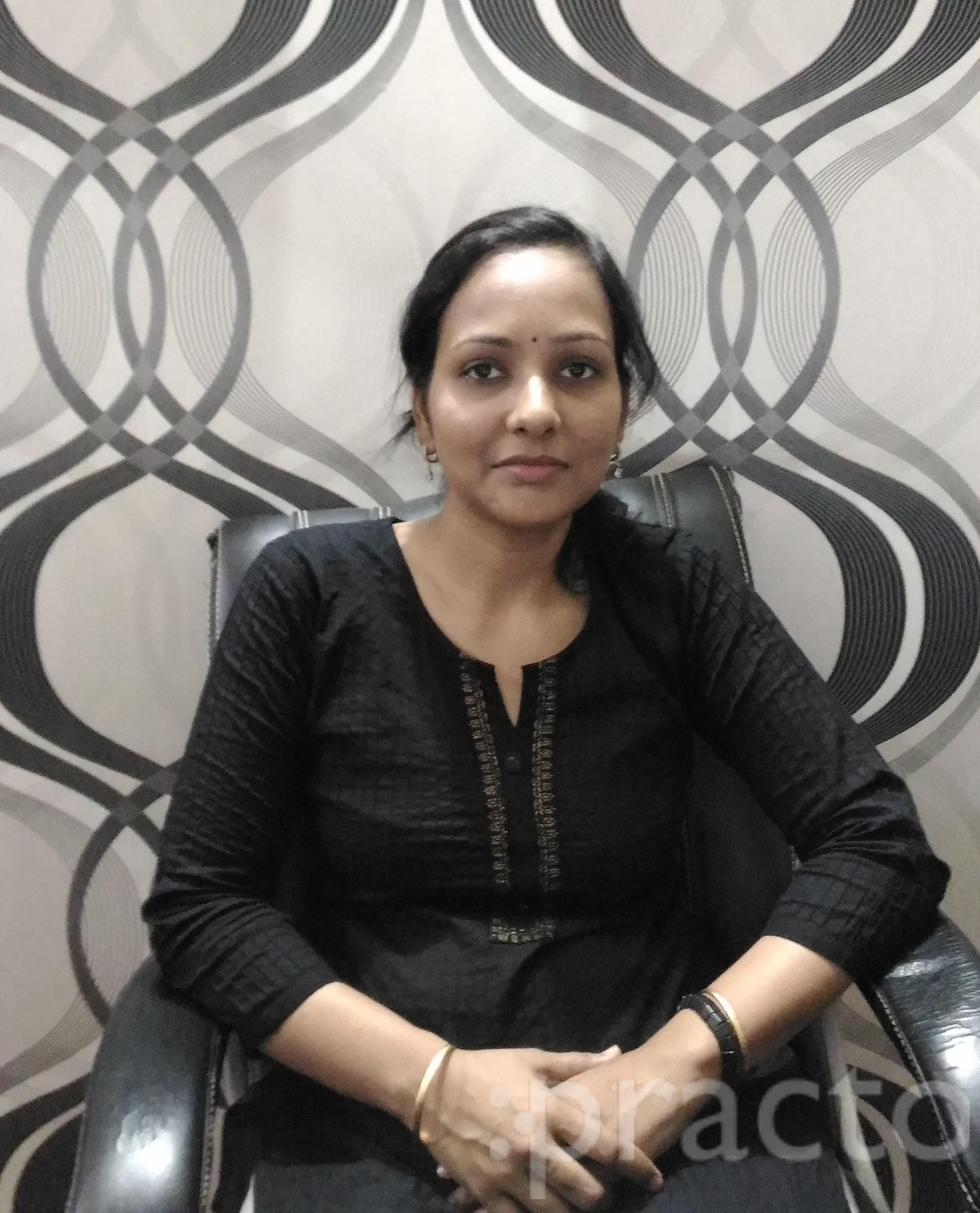 Dr. Deepti Shah - Dentist