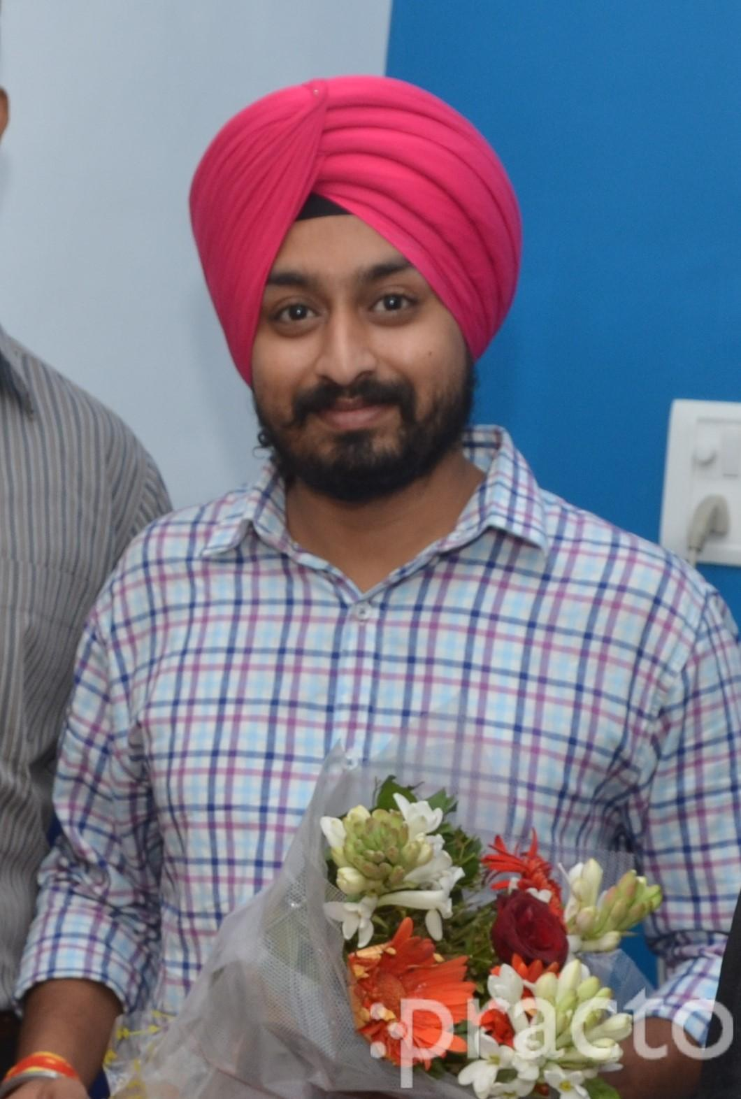 Dr  Dilraj singh - Dentist - Book Appointment Online, View