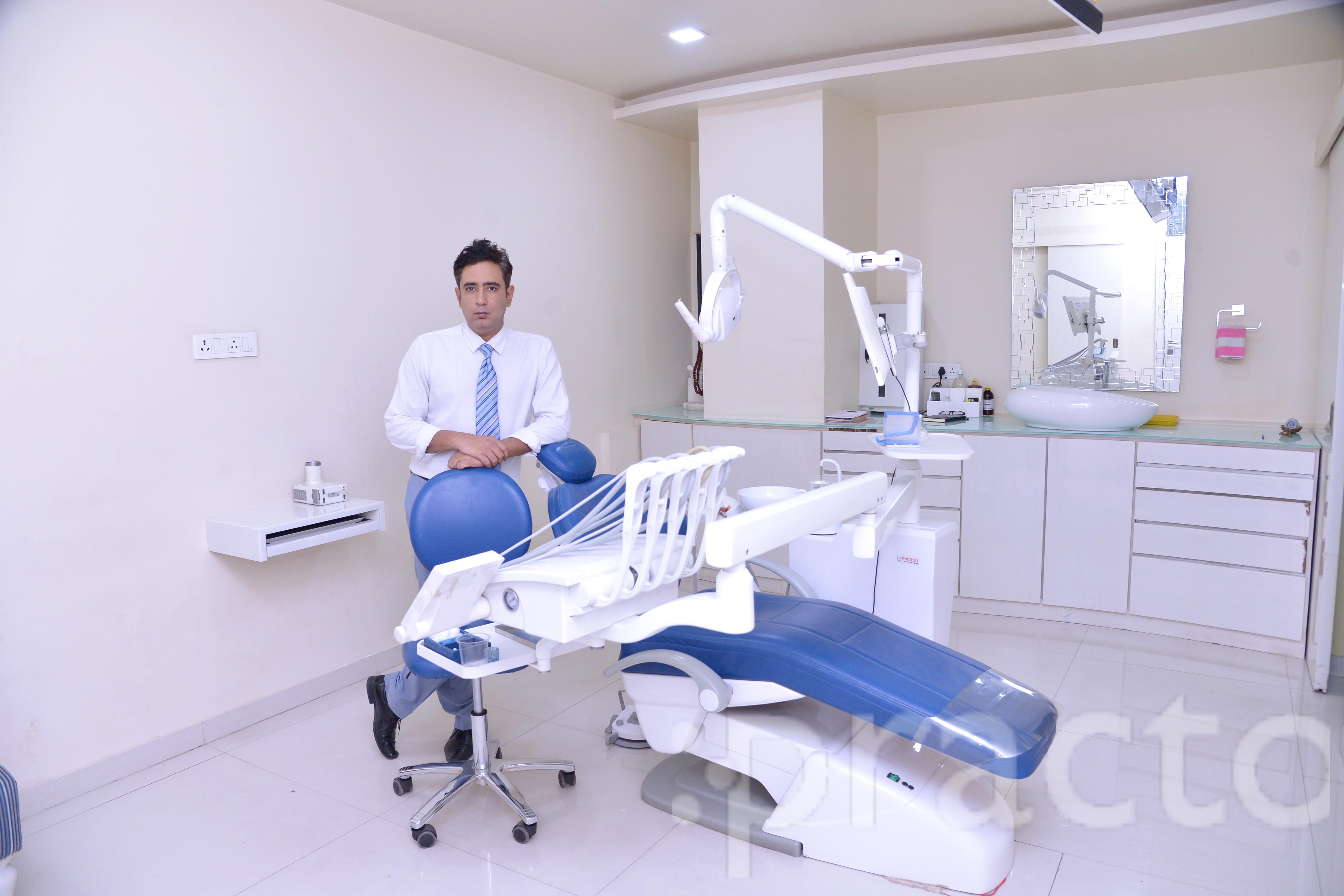 Dr. Dinesh Hingorani - Dentist