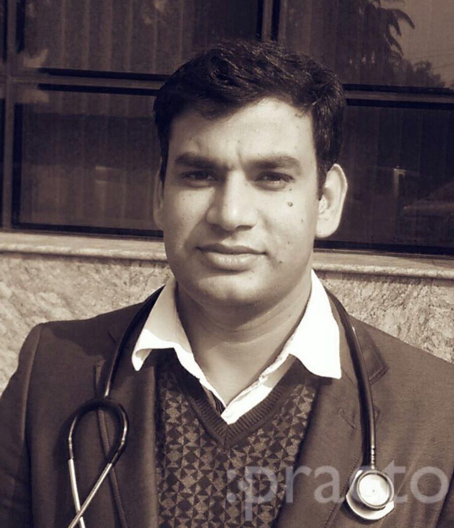 Dr. Dinesh Kumar Yadav - Nephrologist