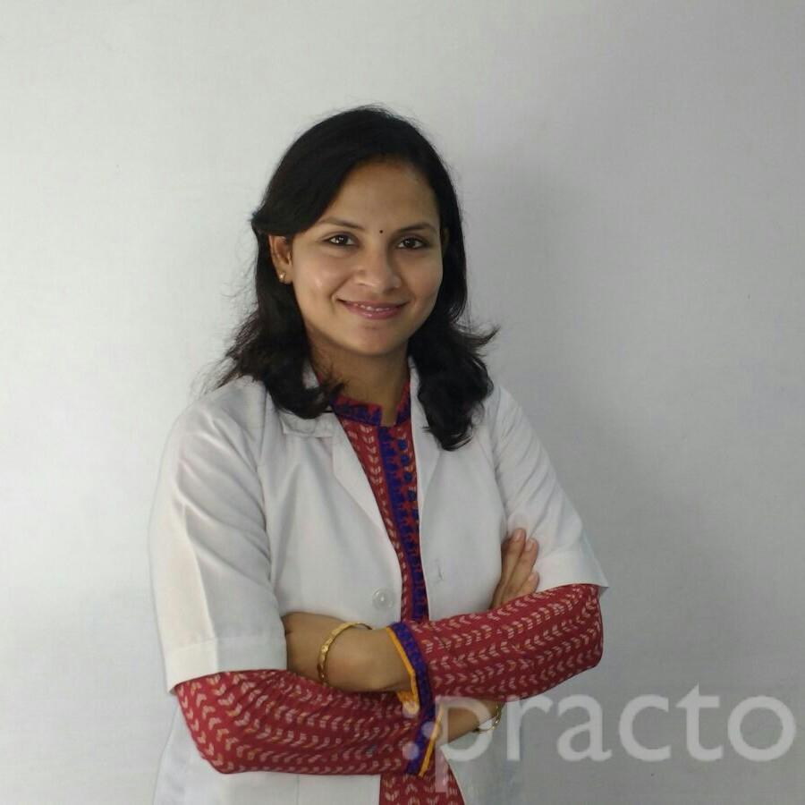 Dr. Dipti Bhalla - Dentist