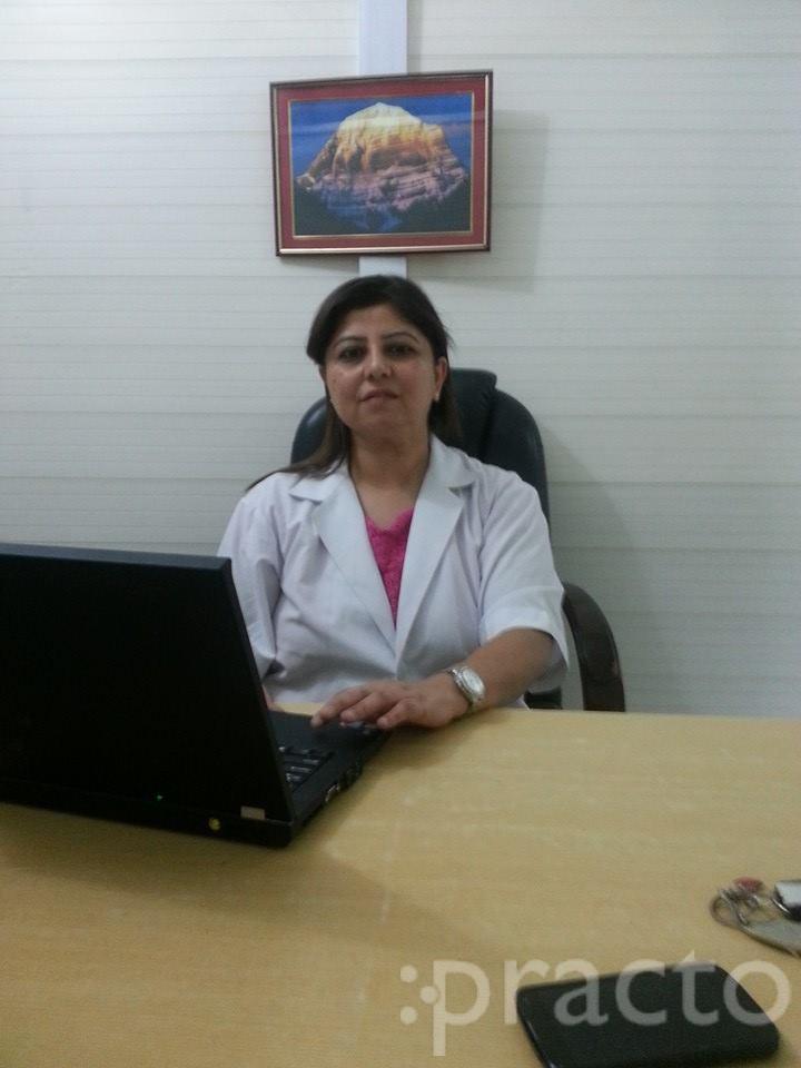 Dr. Divya Marwaha - Dentist