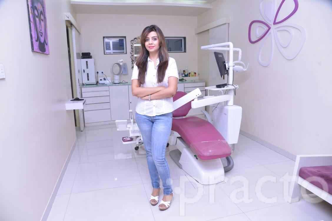 Dr. Ekta Hingorani - Dentist