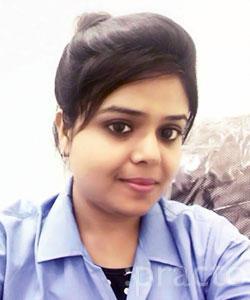 Dr. Ekta Kukreja Maniyar - Dentist
