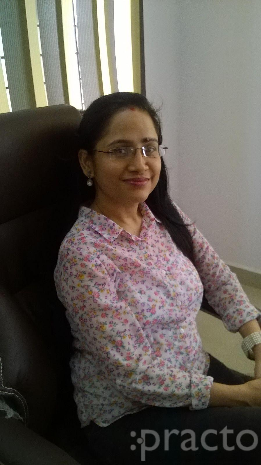Dr. Gargi Awasthi - Dentist
