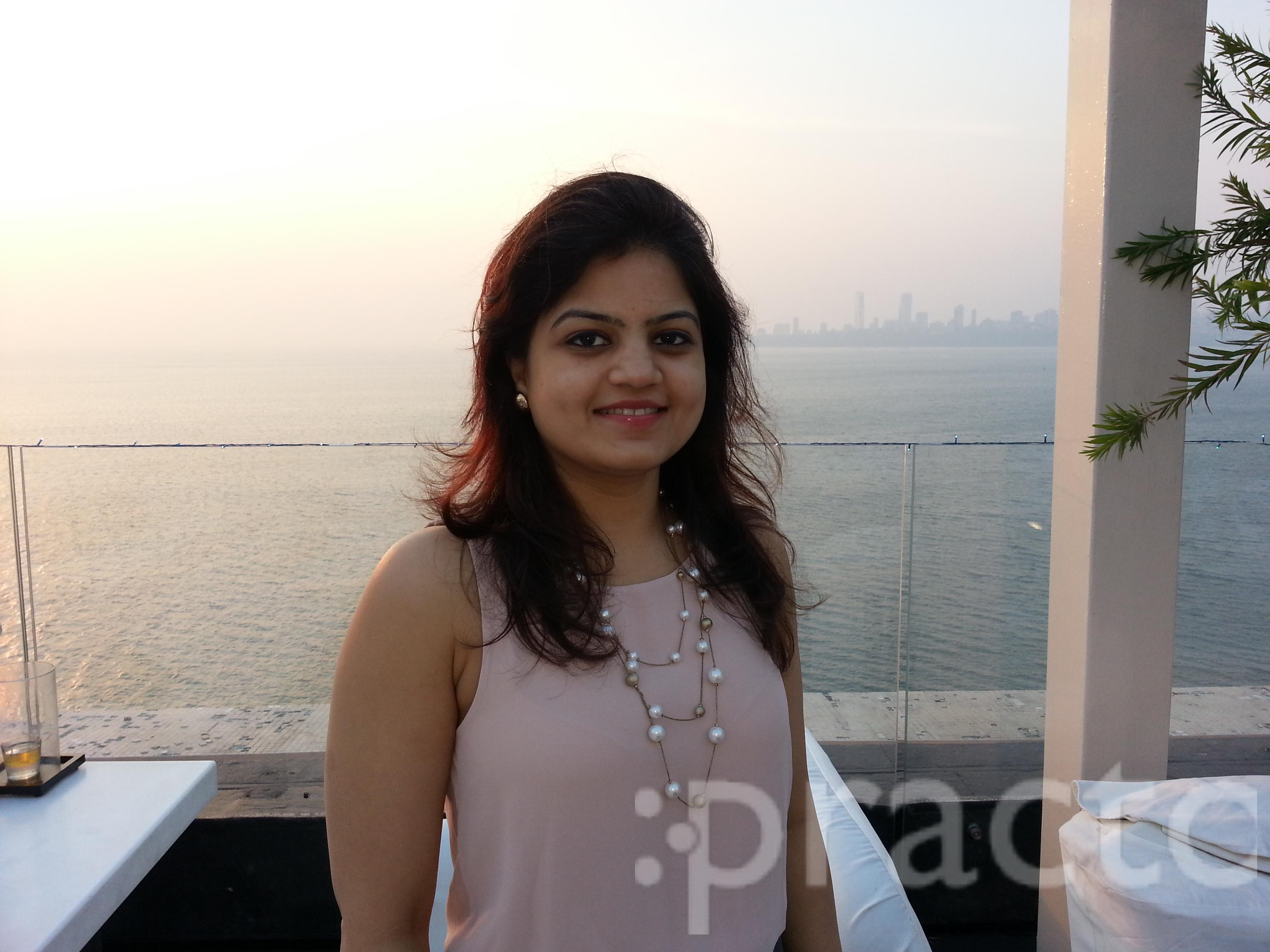 Dr. Gayatri Parekh - Dentist