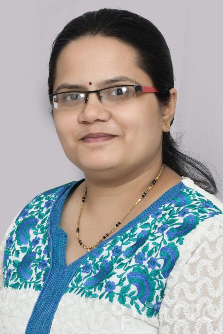 Dr. Geetanajli Thokal - Ayurveda