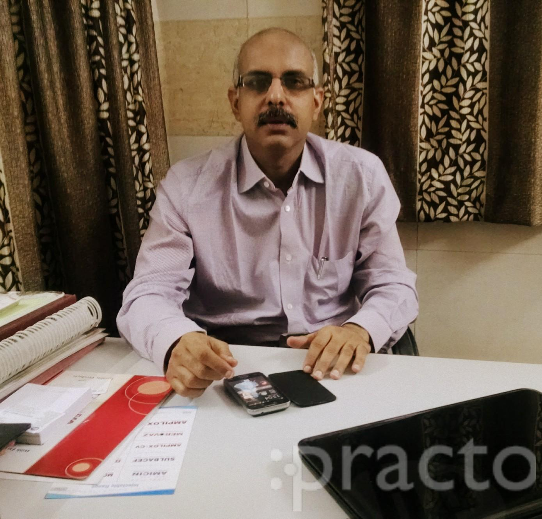 Dr. Harmesh Kapoor - Orthopedist