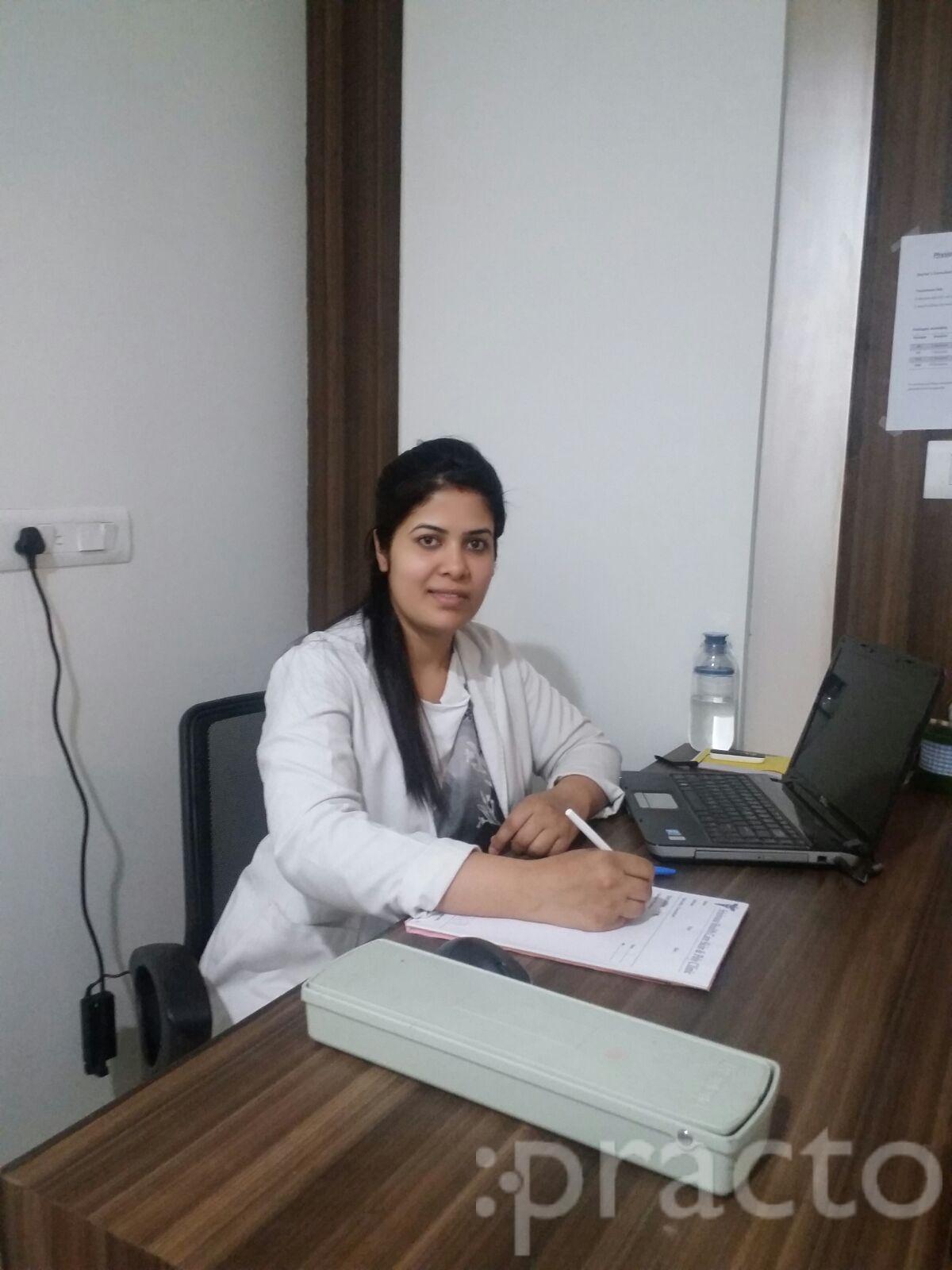 Dr. Harsha Thakur - Physiotherapist