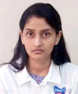 Dr. Harshita Shareef - Dentist